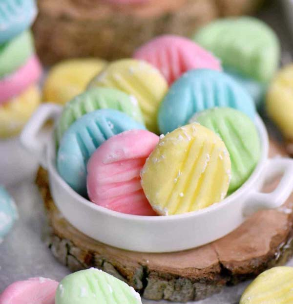 Easter Cream Cheese Mints #Easter #treats #recipes #trendypins