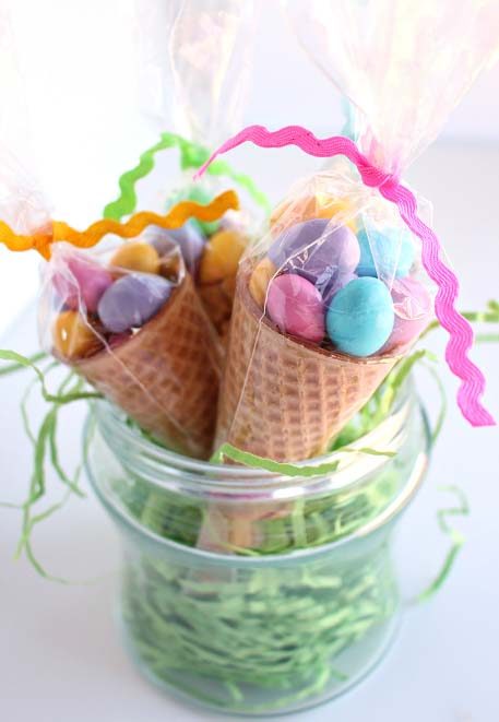 Easter Egg Cone Treats #Easter #treats #recipes #trendypins