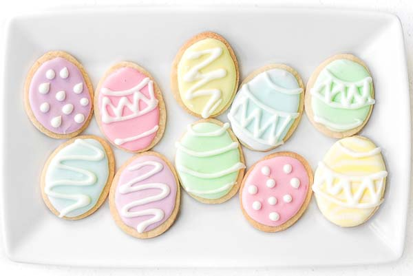 Easter Egg Sugar Cookies #Easter #dinner #recipes #trendypins