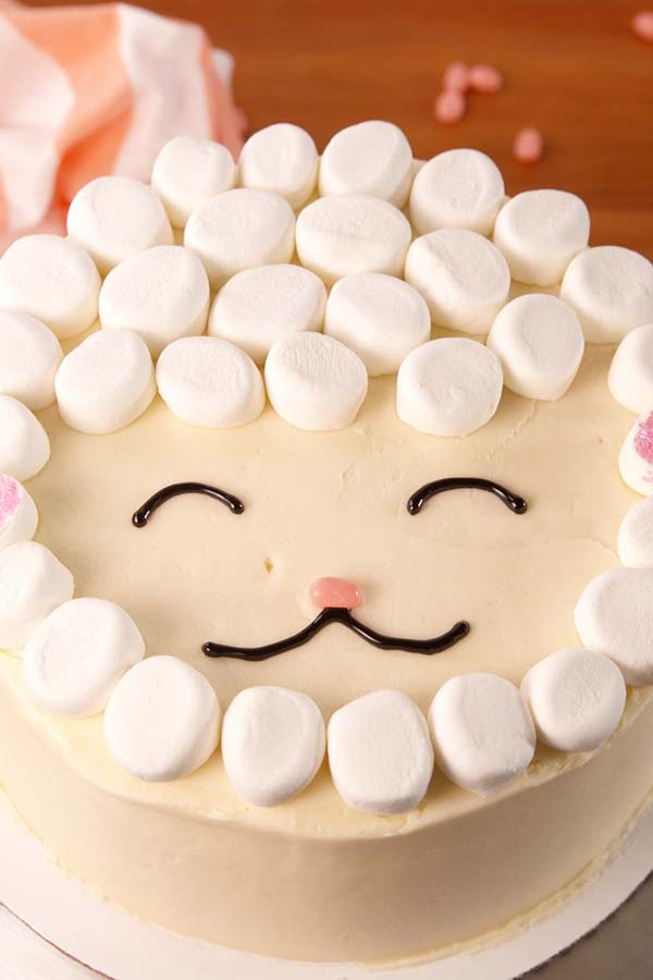 Easter Lamb Cake #Easter #cakes #recipes #trendypins