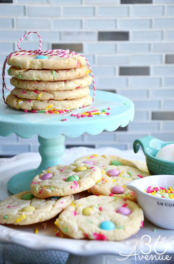 Funfetti Cake Mix Cookies #Easter #desserts #recipes #trendypins
