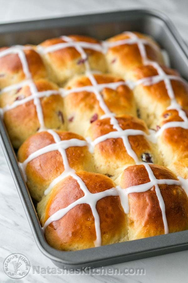 Hot Cross Buns #Easter #dinner #recipes #trendypins