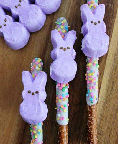 Peeps Pretzel Rods #Easter #treats #recipes #trendypins