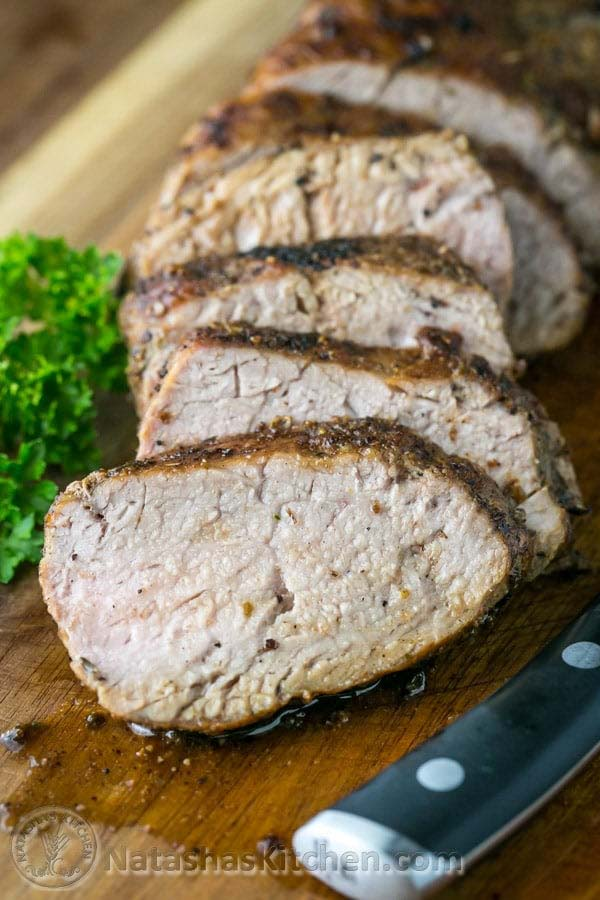 Roasted Pork Tenderloin #Easter #dinner #recipes #trendypins