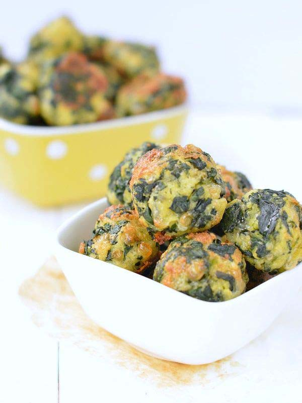 Spinach And Cheese Balls #Easter #dinner #recipes #trendypins