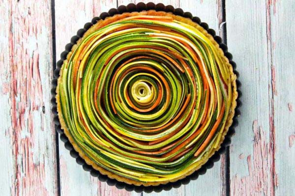 Spiral Vegetable Tart #Easter #appetizers #recipes #trendypins