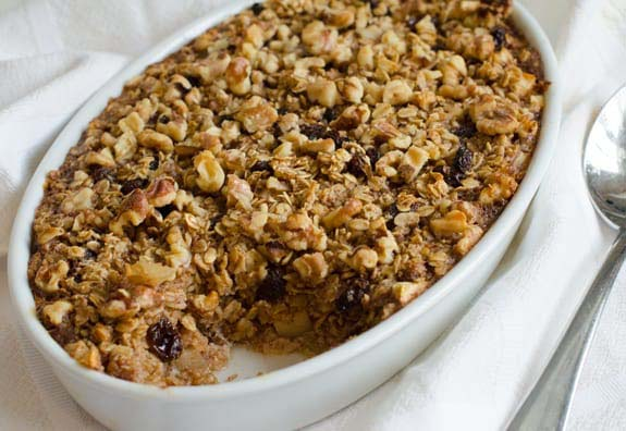 Amish-Style Baked Oatmeal #meal #pantry #plan #trendypins