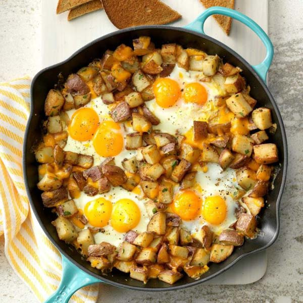 Baked Cheddar Eggs & Potatoes #pantry #staple #recipes #trendypins