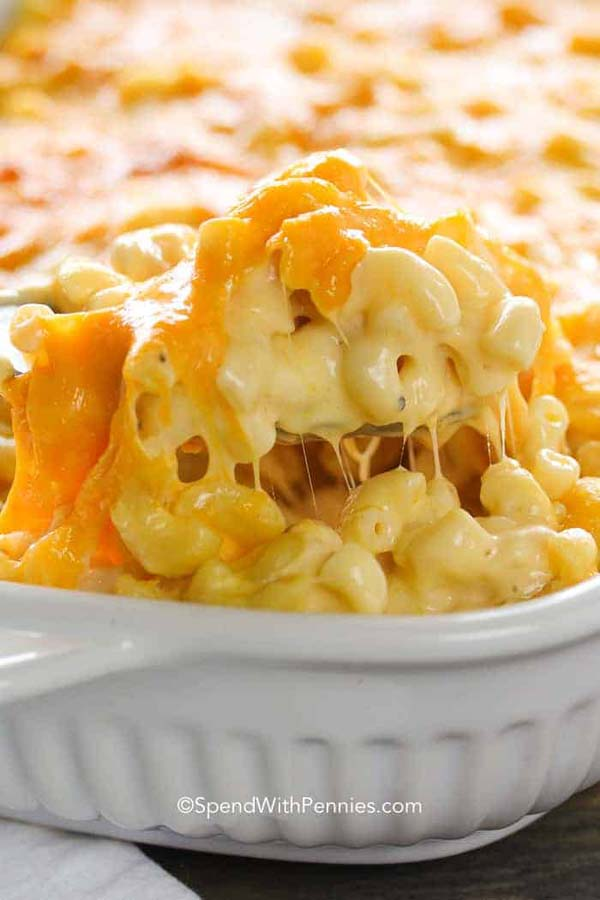 Creamy Macaroni and Cheese Casserole #pantry #staple #recipes #trendypins