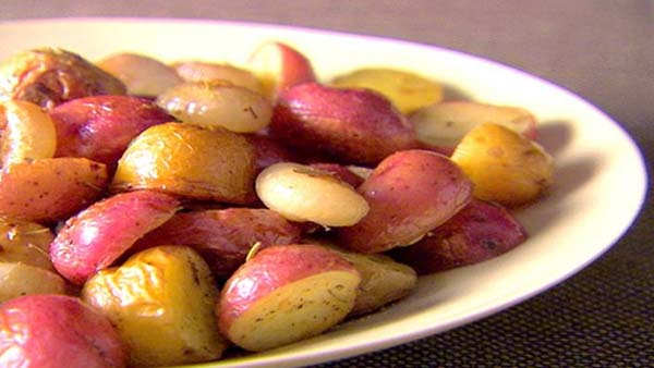 Fried Potatoes and Onions #pantry #staple #recipes #trendypins