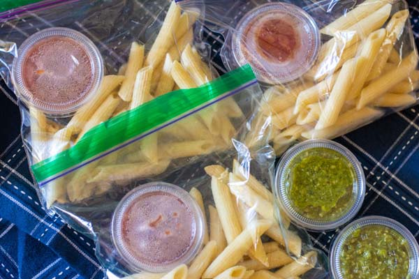 Microwavable Pasta Lunch Packets #meal #freezer #recipes #trendypins