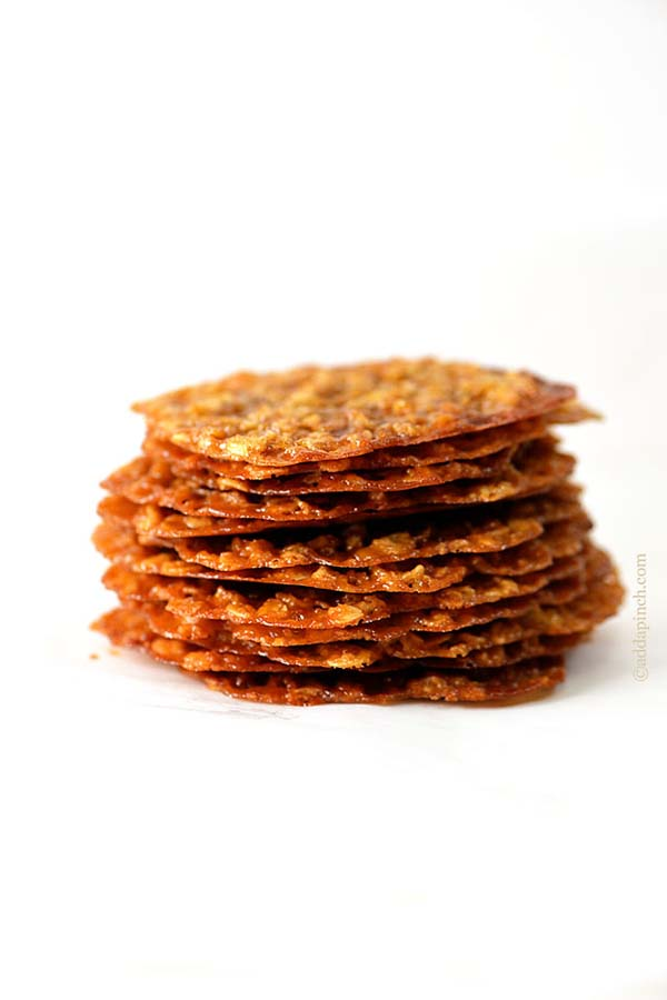 Oatmeal Lace Cookies #pantry #staple #recipes #trendypins