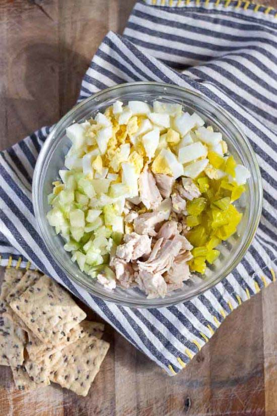 Southern Chicken Salad On A Crackers #meal #pantry #plan #trendypins