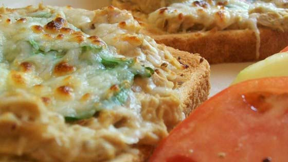 Tuna Melts #pantry #staple #recipes #trendypins