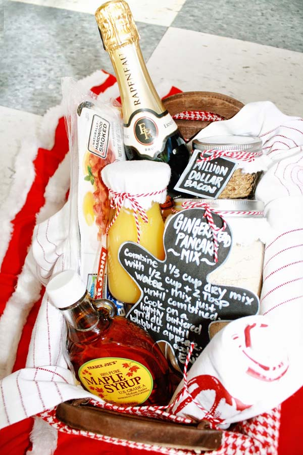 Christmas Morning Pancake Breakfast Gift Basket #Christmas #food #gifts #trendypins