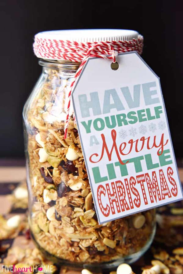 GIngerbread Granola Gift #Christmas #food #gifts #trendypins