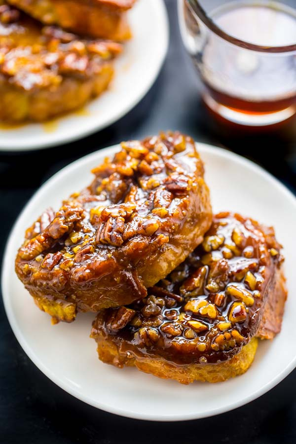 Overnight Pecan Pie French Toast #Christmas #breakfast #food #trendypins