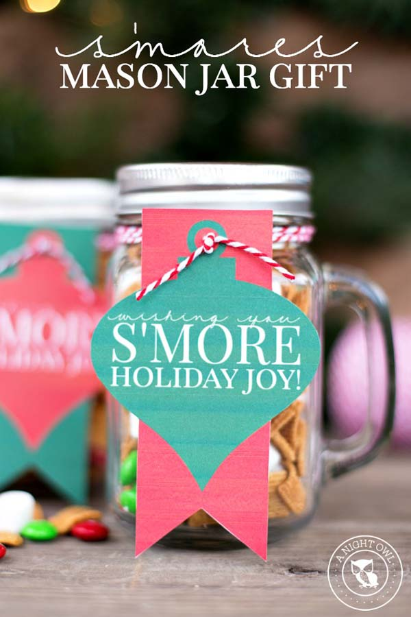 S'mores Mason Jar Gifts #Christmas #food #gifts #trendypins