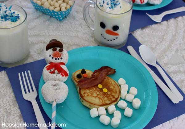 Snowman Breakfast #Christmas #breakfast #recipes #trendypins