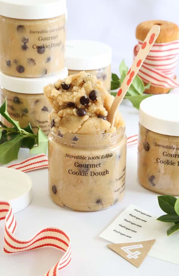 Toasted Cookie Dough Gift #Christmas #food #gifts #trendypins