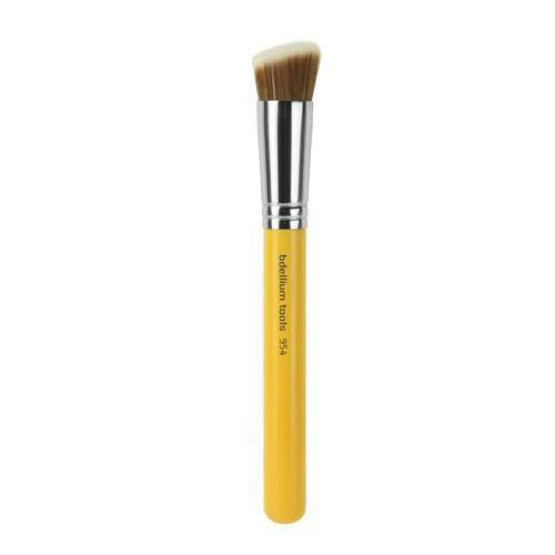 954 Synthetic Brush #makeup #beauty #trendypins
