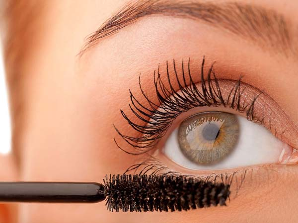 How To Use Mascara Wand Or Spoolie #makeup #beauty #trendypins