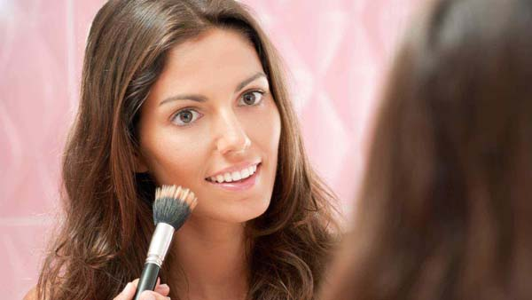 How To Use Stippling Brush #makeup #beauty #trendypins