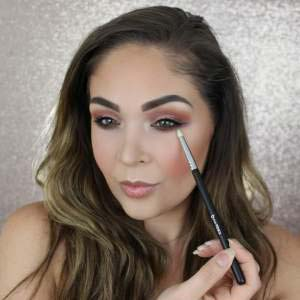Hw To Use Pencil Brush #makeup #beauty #trendypins