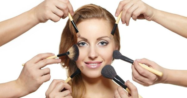 Best Types Of Makeup Brushes